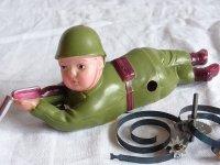 【難有り・不動品】希少品 鉄砲をかまえる兵隊さん オキュパイド ジャパン(占領下日本製1947〜1952)